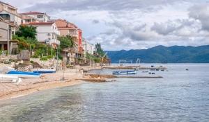 Komarna, Croatie