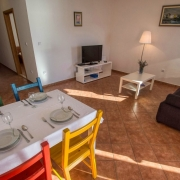 Villa Dorida Komarna, Apartment Mare, Dining Area
